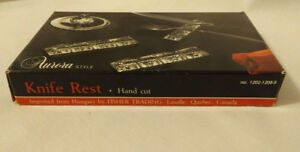 NEW VINTAGE 8 Hand 24% Cut Crystal Knife Rests, Made Hungary,
