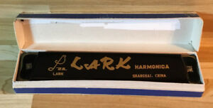 Harmonica Lark