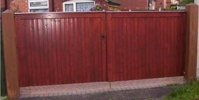 Driveway Gate Bespoke Wooden Timber Softwood Square Top With Capping 84