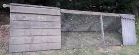 CHICKEN COOP AND RUN - Suitable for 2-4 hens