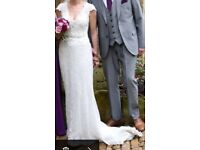 Stunning Sottero and Midgely dress size 8 - 10. Beautifully detailed!