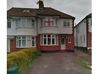 LOVELY 4 BEDROOM SEMI-DETACHED HOUSE, SELF CONTAINED ANNEX, LOCATED IN BROOK AVENUE, EDGWARE,HA8 9UZ
