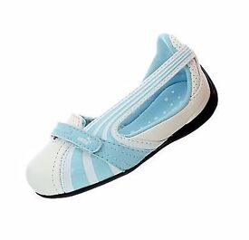 Puma Espera III Dazzle Kids shoes,girls shoes,sleeks,ballerinas/trainers size UK 4 and UK 5