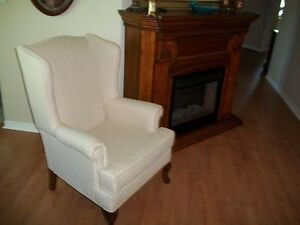 GORGEOUS IVORY WHITE QUEEN ANNE WING CHAIR & FOOTSTOOL Kingston Kingston Area image 2