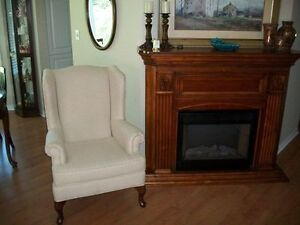GORGEOUS IVORY WHITE QUEEN ANNE WING CHAIR & FOOTSTOOL Kingston Kingston Area image 1