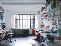 Big Desk in Friendly Studio - Stoke Newington / Dalston / Hackney