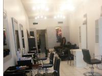 Prix spécial location chaise de coiffure ou chambre d'esthétique