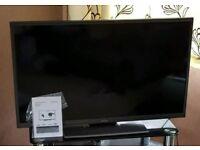 """Hitachi 40"""" FREEVIEW HD TV"""