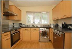 4/5 Bedroom House in Beckenham