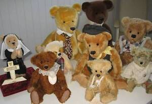 One sloth of Australian Artist Collectible Teddy Bears Ripley Ipswich City Preview