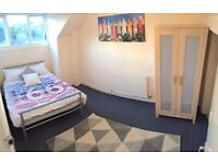 Great Location - Crookemoor *FREE Cleaner And Internet* 4-bed House - SPEEDY1539