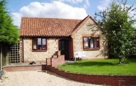 2 Bedroom Detached Bungalow to rent, Sought after Cliff Village of Navenby, non estate location.