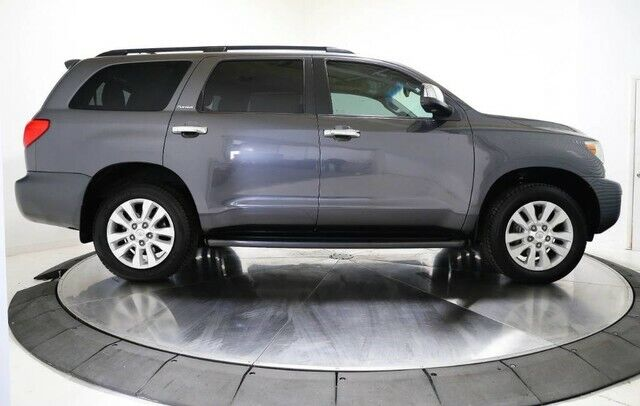 Image 8 Voiture American used Toyota Sequoia 2016