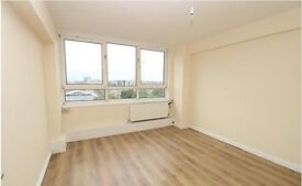 >Shoreditch Park< Newly refurbished 2 bedroom flat. Big rooms, NEW kitchen, heating INCLUDED!!