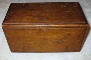 PATENDED 1889 SINGE SEWING PUZZLE BOX & ACCESSORIES