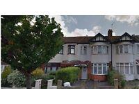 3 bedroom house in Tylehurst Gardens, ilford