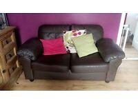 Sofa excellent cond