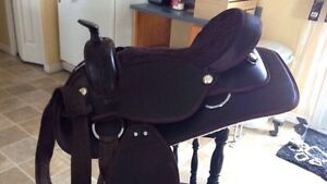 Brown synthetic saddle