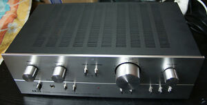 Akai AM-2250 Stereo Amplifier