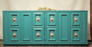 Very Beautiful Shabby Chic Vintage 70s Cabinet