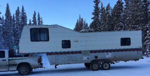 1992 TERRY FIFTHWHEEL 29.5 FT 867 689 2881 --- OBO --