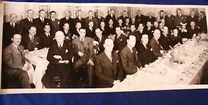 VINTAGE PHOTOGRAPH CAN. DEPT. STORES-T.EATON COMPANY DINNER 1945
