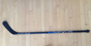 Bâton de hockey Bauer Nexus Junior droitier
