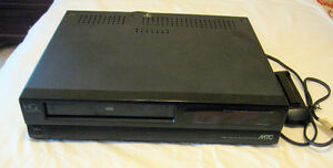 VHS PLAYER HQ MTC WITH REMOTE WORKING CONDITION