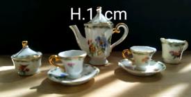 Tiny porcelain tea set