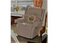 HSL Waltham Riser, Recliner Chair