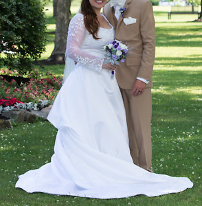 Wedding Dress/Shoes and Flower Girl Outfit: