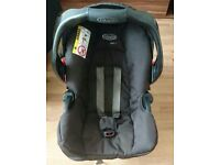 Graco Junior car seat with base