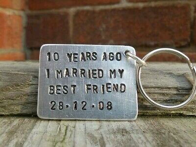 10th Wedding Anniversary Aluminium Keychain Traditional PERSONALISED Gifts Love ()