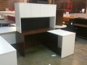 Classic 5ft X 5ft L Shaped Desk With Hutch ($355) - Item #7755