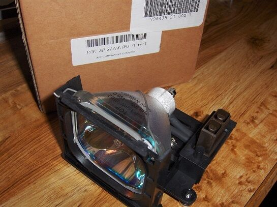 SP.81218.001 LAMP FOR OPTOMA EzPro PROJECTOR ***FREE SHIPPING***