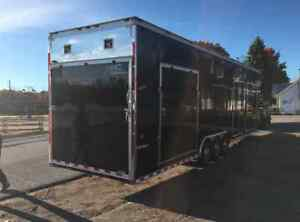 2013 Cargo Look 8.5 x 36' Enclosed Trailer West Island Greater Montréal image 6