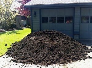3 Yard Garden Mix (Black Dirt) with delivery in Kingston 110$