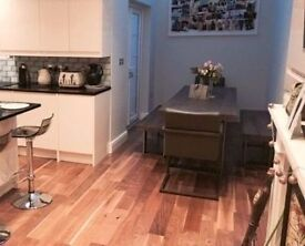 Desk space available for hire in this beautiful home office during the day in Hammersmith