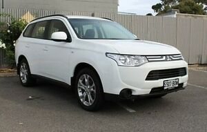 2013 Mitsubishi Outlander ZH MY12 LS Limited Edition White 6 Speed Constant Variable Wagon Morphett Vale Morphett Vale Area Preview