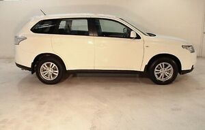 2013 Mitsubishi Outlander ZJ MY13 ES 2WD White 6 Speed Constant Variable Wagon Wayville Unley Area Preview