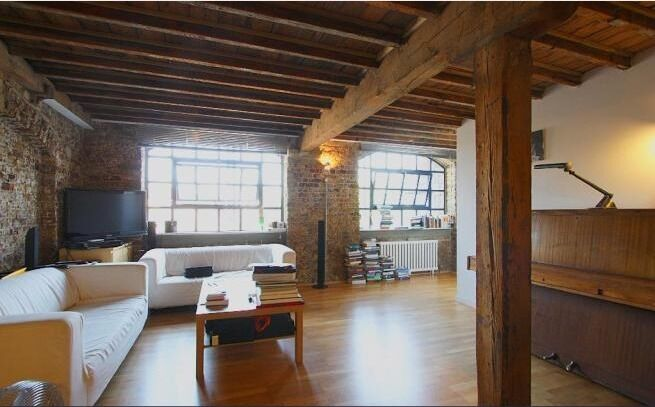 Beautiful 2 bed warehouse conversion close to city centre!