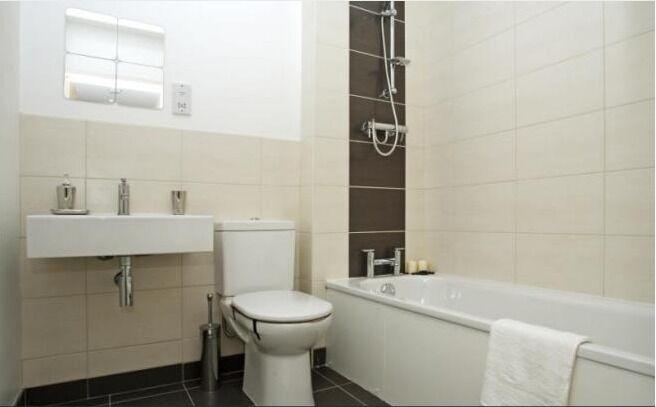 Fantastic 3 Bedroom Apartment - Brixton