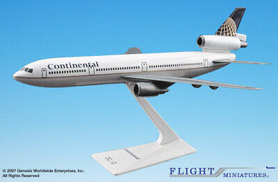 Flight Miniatures Continental Airlines DC-10 1/250 Scale Model with Stand