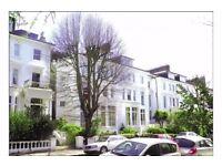 2 bedroom flat in Belsize Grove, London, NW3