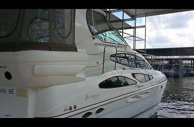Gorgeous newer 2008 Cruisers Yachts 415 AFT  Bridge Yacht 2 bedroom suites, 3 ac