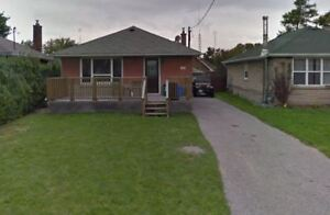 Lovely 2 bedroom lower level of legal duplex - Oshawa