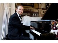 Pro Pianist with piano shell - weddings & events