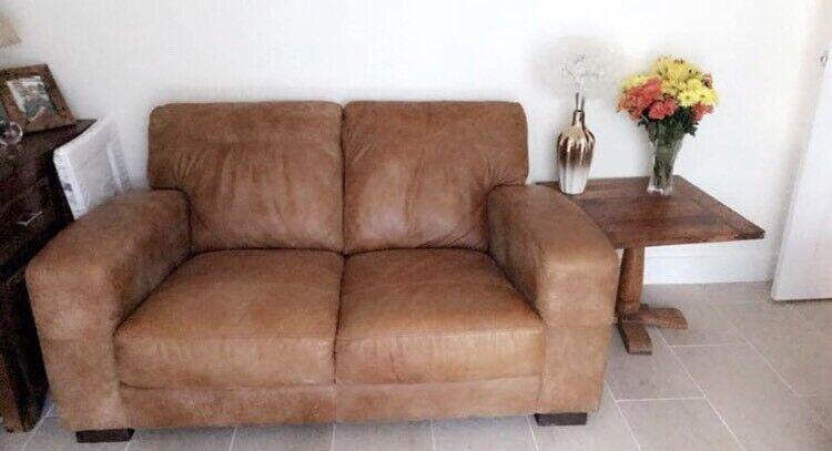 Tremendous Dfs Tan Leather Caesar 2 Seater Sofa 2 X Arm Chairs In Pencoed Bridgend Gumtree Uwap Interior Chair Design Uwaporg