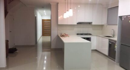2 single rooms for rent