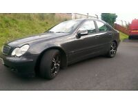 Mercedes-Benz C220 With good tyres and MOT